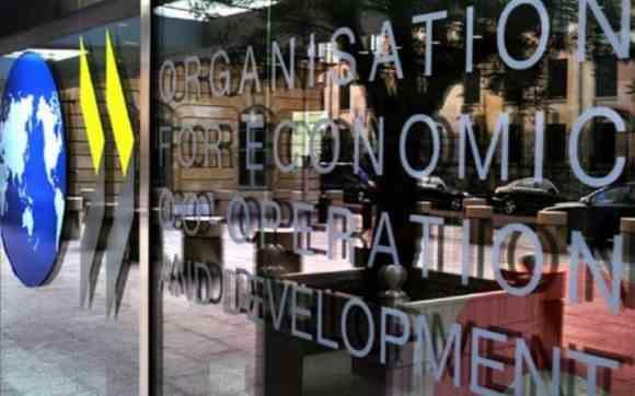, Breves  – Economía