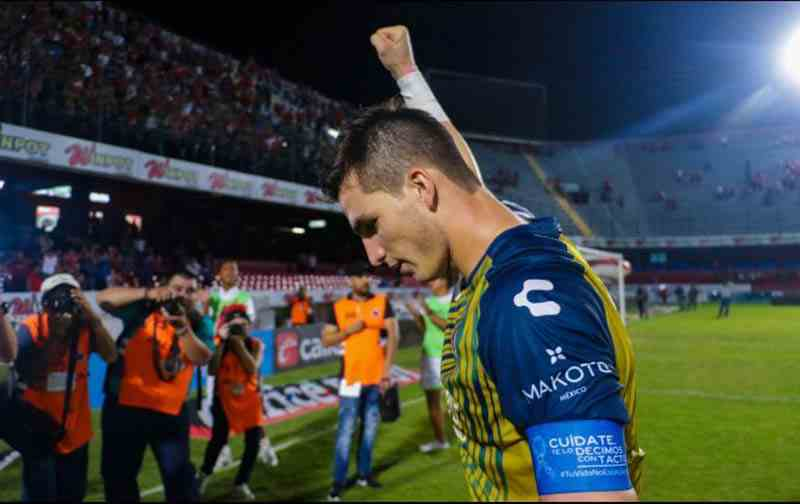, Sebastián Jurado rompe en llanto tras ganar por primera vez en la Liga MX