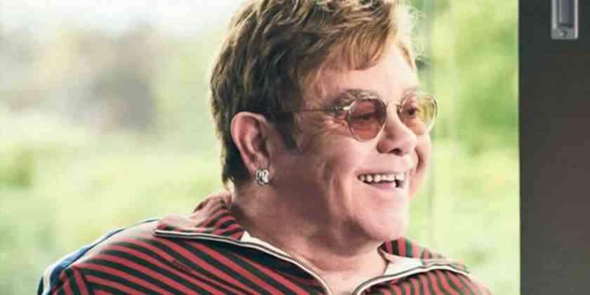 , Elton John insulta a empleados de seguridad