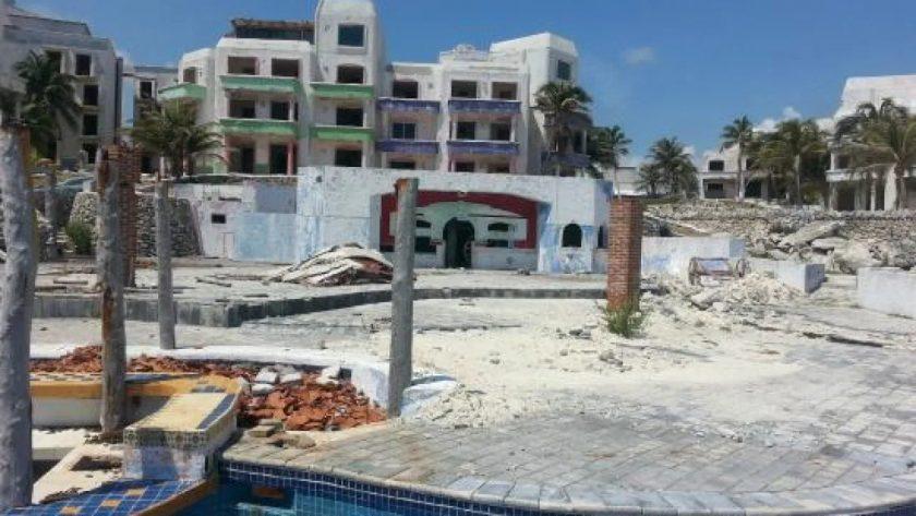 Zona Hotelera, condenada a muerte